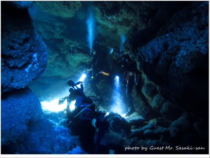 洞窟探検隊