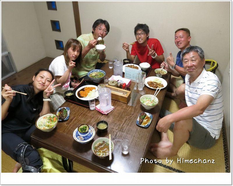 明石食堂で記念撮影♪ photo by CANON PowerShot S100
