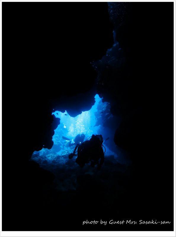 洞窟の青の世界