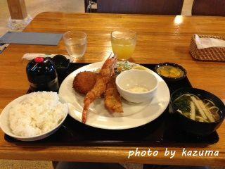 フライ定食 photo by Olympus XZ-1