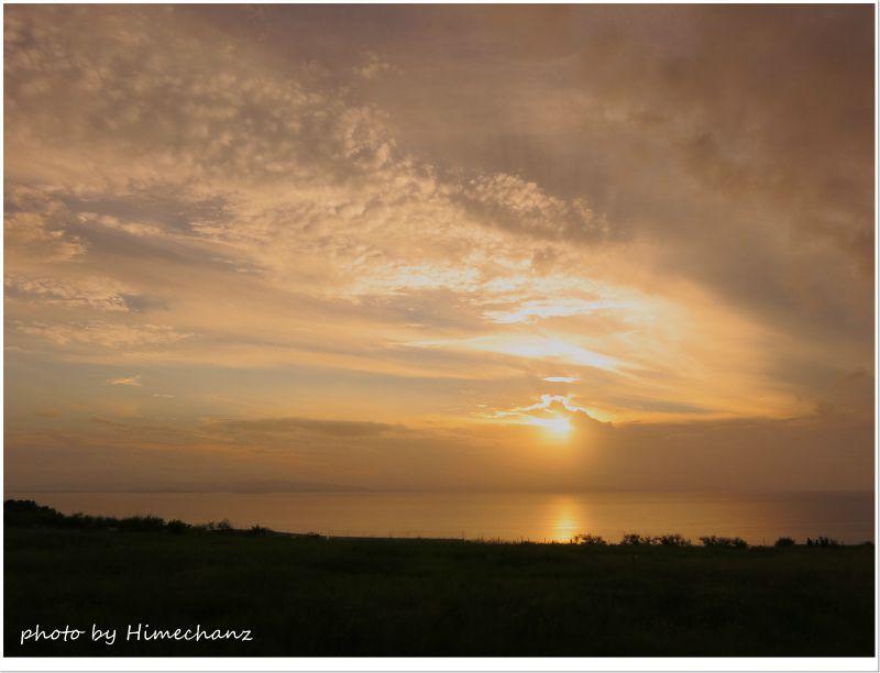 ミルミルで見る夕日 photo by CANON PowerShot S100