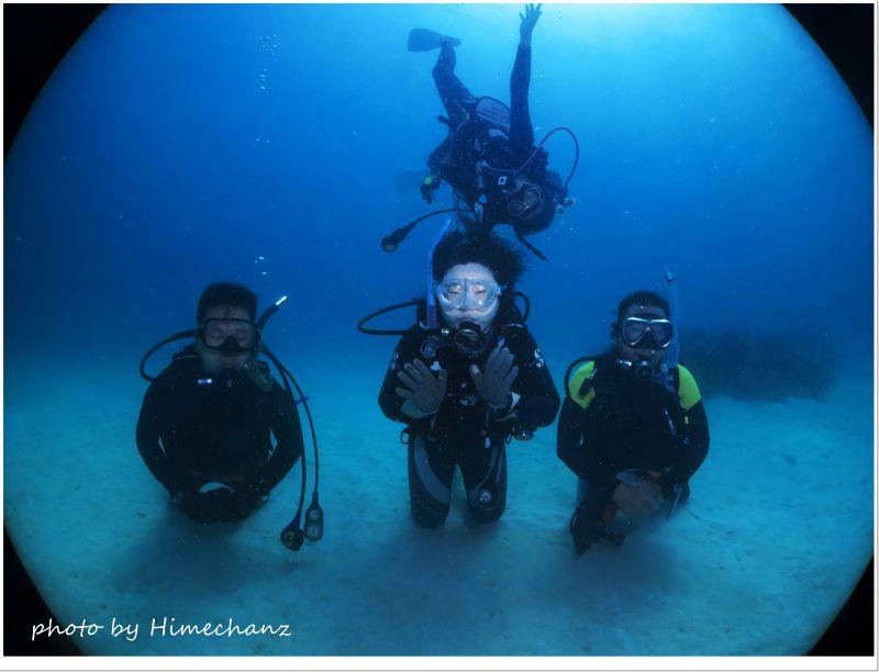 水中にて記念撮影♪ photo by CANON PowerShot S100