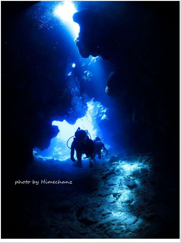 洞窟内は透明度も高かったです! photo by CANON PowerShot S100