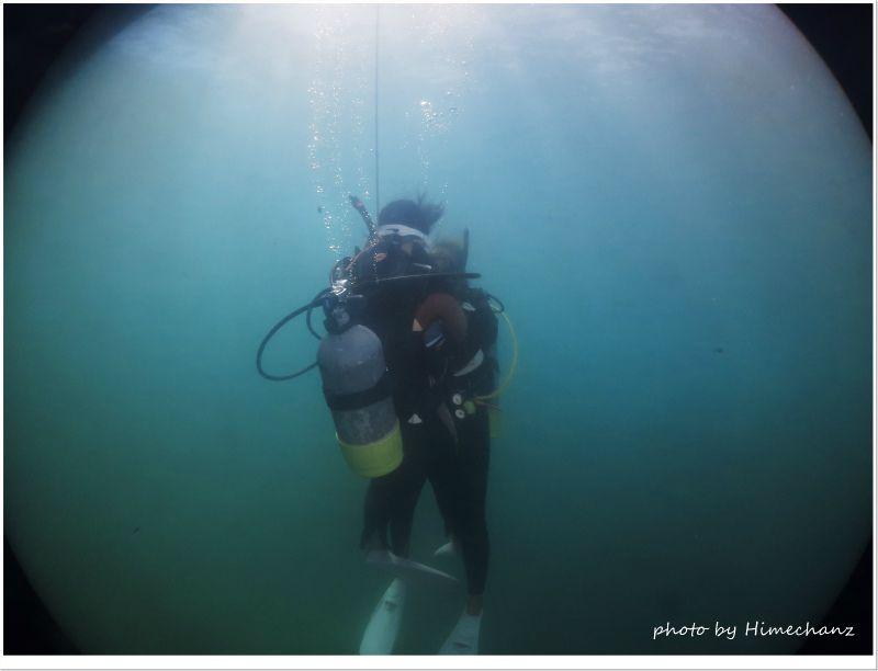 いざ、水中世界へ♪ photo by CANON PowerShot S100