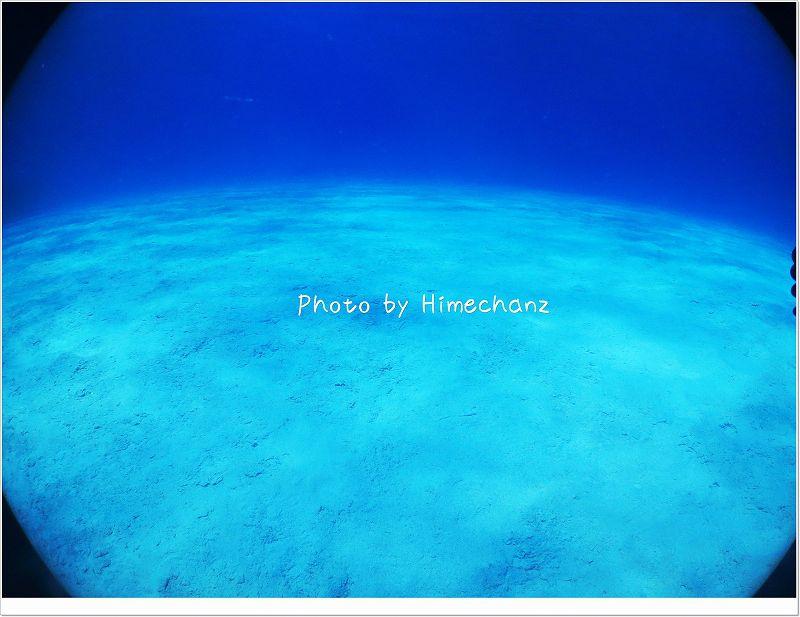 どこまでの続く白い砂! photo by CANON PowerShot S100