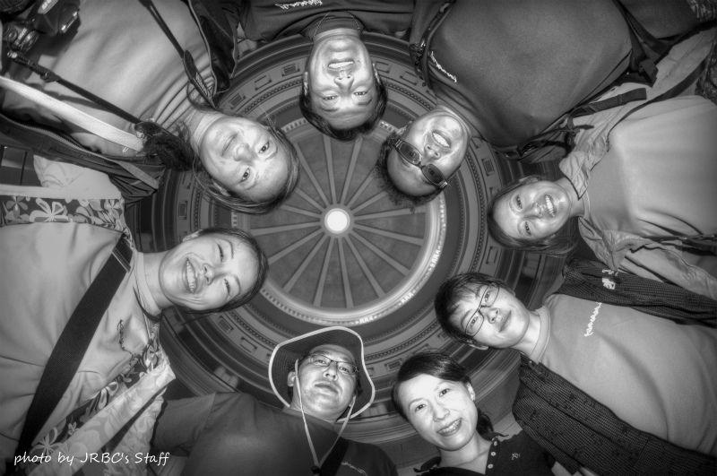 議事堂内で円陣してみたw photo by Nikon D300