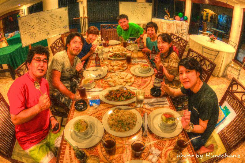 ホテルにあるレストランでフィリピン料理をいただきました♪ photo by Nikon D300