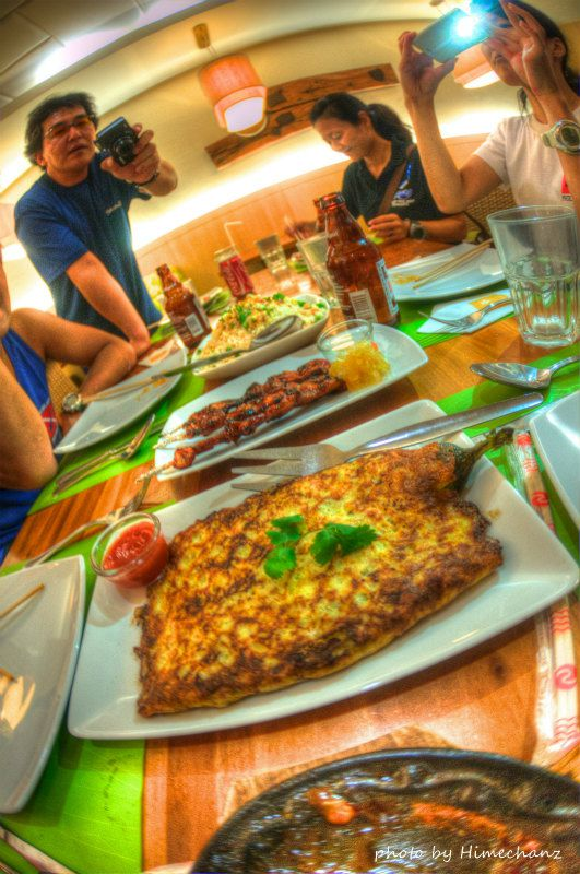 夜はドゥマゲッティにあるオシャレなフィリピン料理屋さんでいただきました♪ photo by Nikon D300